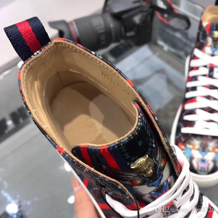 Italie 18 nouvelles chaussures décontractées à lacets imprimés à la main, faites à la main, chaussures de sport, chaussures de broderie graffiti hip-hop
