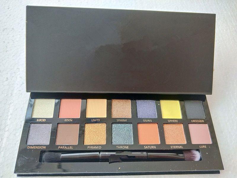 Maquillaje caliente moderna paleta de sombra de ojos paleta de sombra de ojos limitada con la paleta de sombra de ojos cepillo de DHL libre de envío