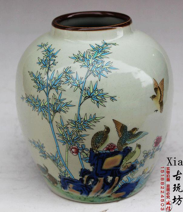 Antique Collection Of Jingdezhen Porcelain In The Qing Emperor