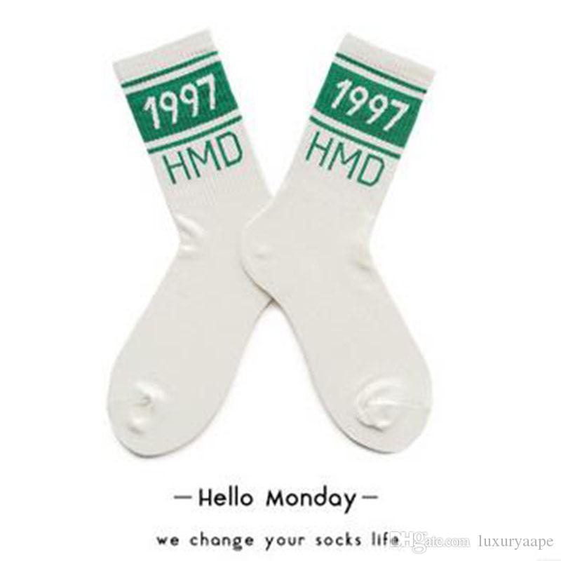 Happy Socks 1997 Digital Sportsocken für Männer und Frauen Baumwolle American Street Retro Tube Socks Lovers Striped Pattern