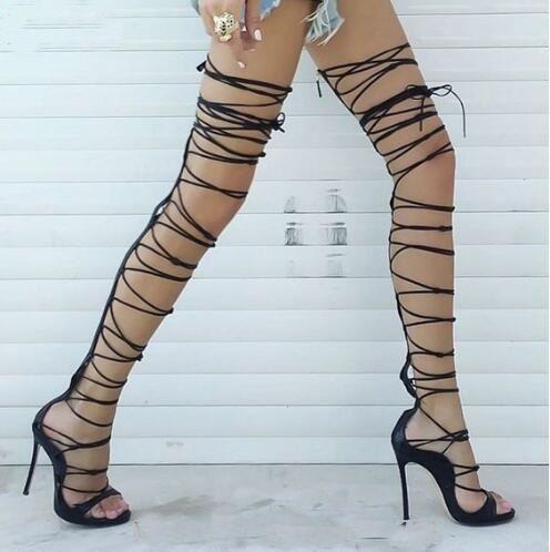 2760422cccf Compre Sandalias Negras De Muslo Negro Sandalias Sexy Con Cordones Botas  Altas De Gladiador Rihanna Sandalias Altas De Tacón Alto Con Cordones Plataforma  De ...