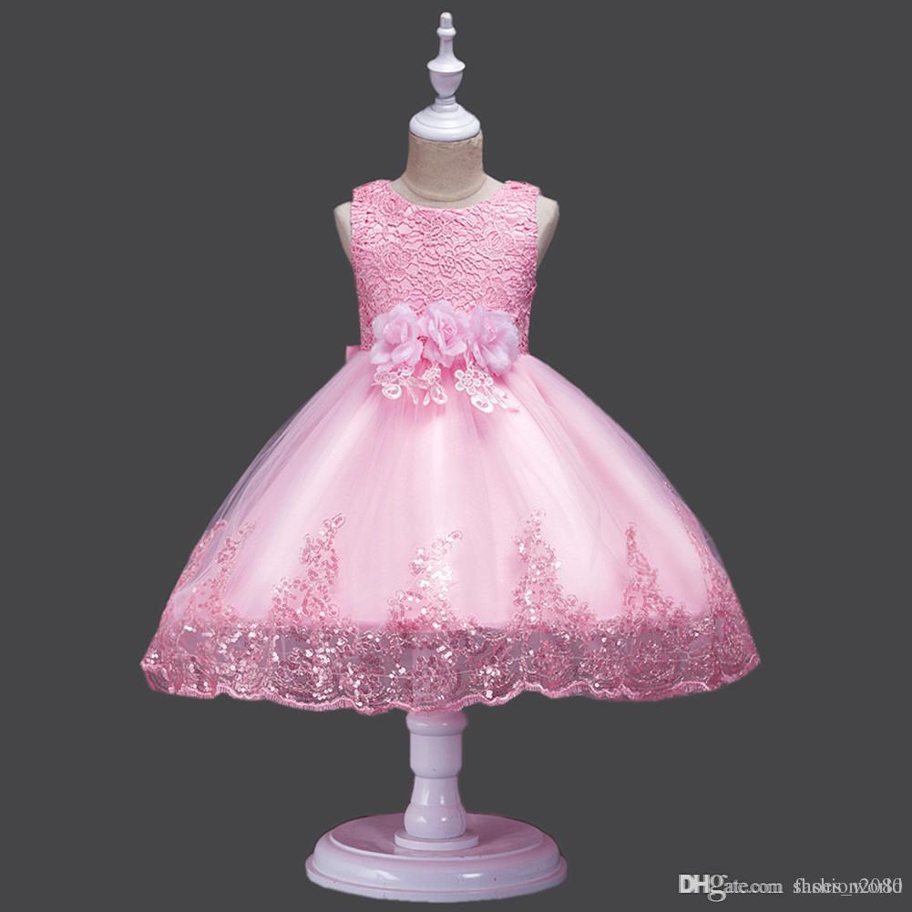 7d1d14a104f26 Acheter 2018 Robes De Fête De Bébé Sans Manches Crochet Fleur Dentelle Rose    Rouge   Blanc Filles Robe De Mariage De Noël Enfants Tutu Princesse Filles  ...