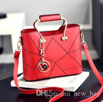 692b83164e3 The New Bag Female Korean Version of the Stereotyped Sweet Fashion ...