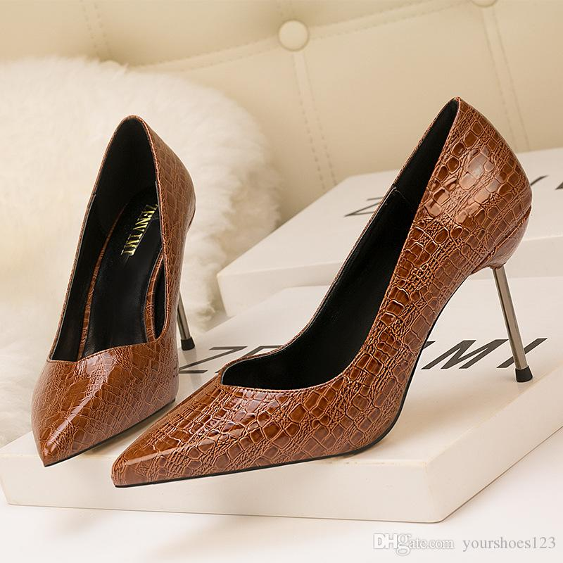 d87e1edb237 2018 Women Fashion High Heels Sexy Serpentine Party Girls Sexy Pointed Toe  Dress Shoes Pumps Wedding Shoes.
