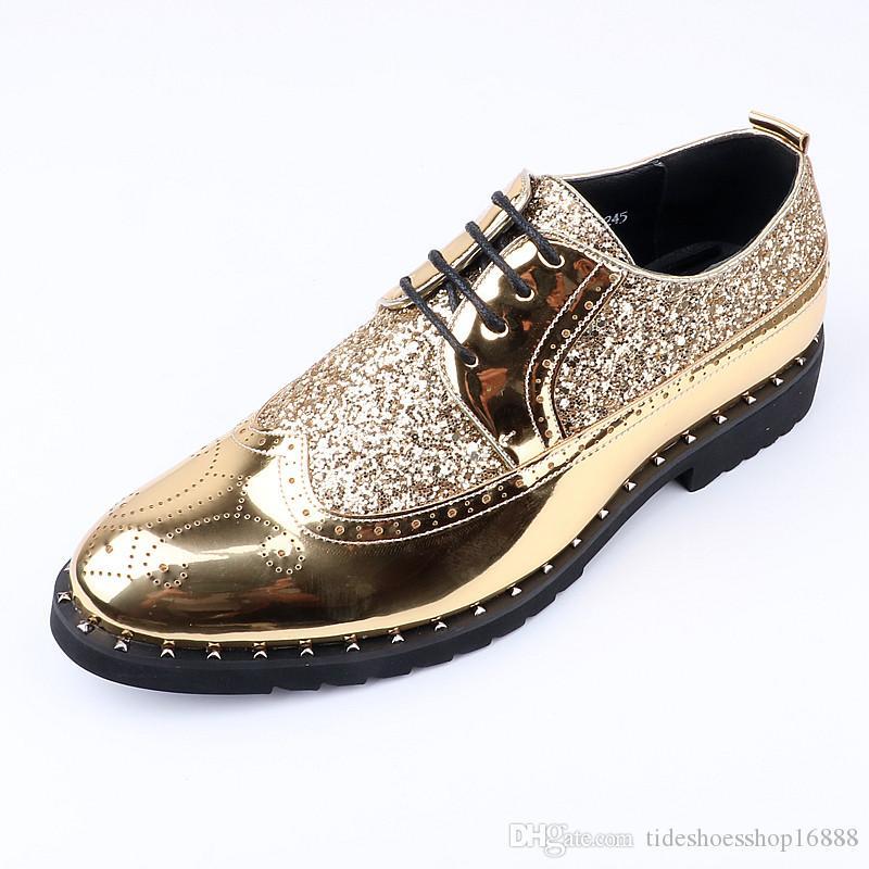 6a337b1f75 Compre Aumentar A Altura Dos Homens Sapatos De Couro Genuíno Marca De Luxo  Strass Couro De Patente Brilhante Ouro Brogue Oxford Elevador Sapatos Para  Homens ...