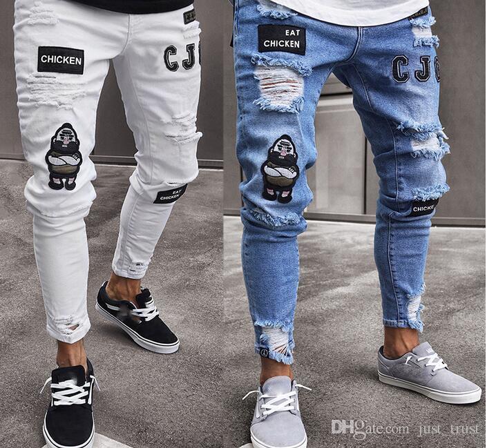 Acquista 2019 US Popolare Eat Chicken BLUE Uomini Bianchi Jeans A Matita  Skinny Punk Streetwear Hiphop Slim Strappi Strappati Badge Uomo Pantaloni  Lunghi ... 04154cf2c6a