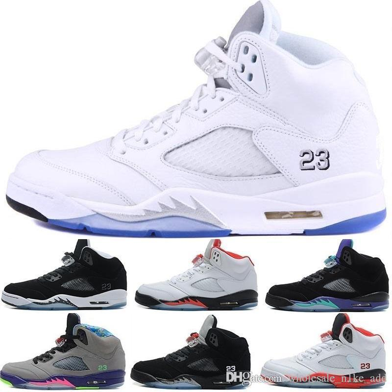 51d3472e6814 Acheter Nike Air Jordan Jordans Retro 5 2016 Nouveau Air Retro 5 Hommes  Chaussures De Basket OG Noir Métallique Sneaker Sport Chaussures Métallisé  Or ...