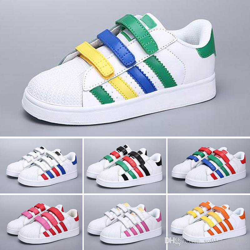31da6908483 2018 NEW STAN SMITH SNEAKERS CASUAL LEATHER Children Shoes SPORTS JOGGING  SHOES Kid S CLASSIC FLATS SHOES SUPERSTAR For Kids Boy Athletic Shoes  Sports Shoes ...
