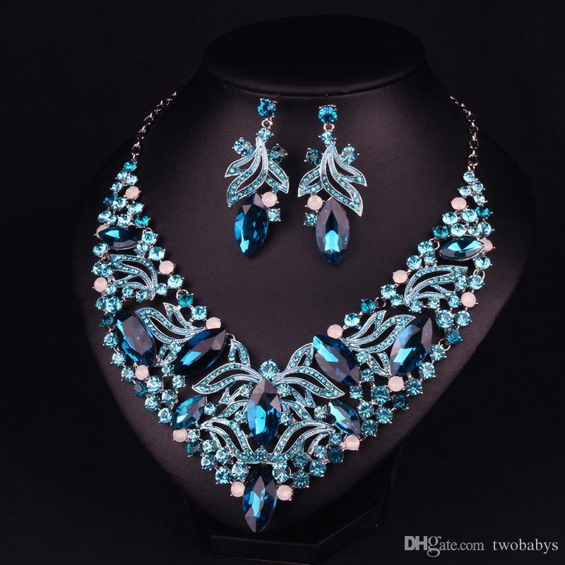 1a3bf2008300 Compre Collar De Moda Y Aretes Para Mujeres Conjuntos De Joyería Para  Fiesta De Noche Cristales Verdes A  28.93 Del Twobabys