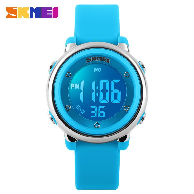 3123133a122 Compre SKMEI Nova Moda Esporte Crianças Relógios Design Simples Luz De  Fundo Calendário Digital Relógios De Pulso De Alarme Crianças À Prova D   Água Relógio ...