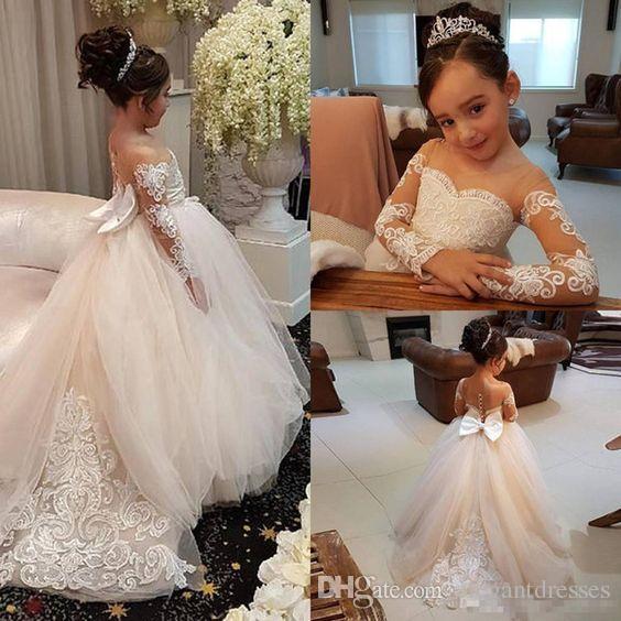 Ucuz Sevimli Sheer Kollu Çiçek Kız Elbise Aplikler Dantel Tül Vintage Çocuk Pageant Törenlerinde 2018 Prenses Resmi Doğum Günü Partisi Giymek