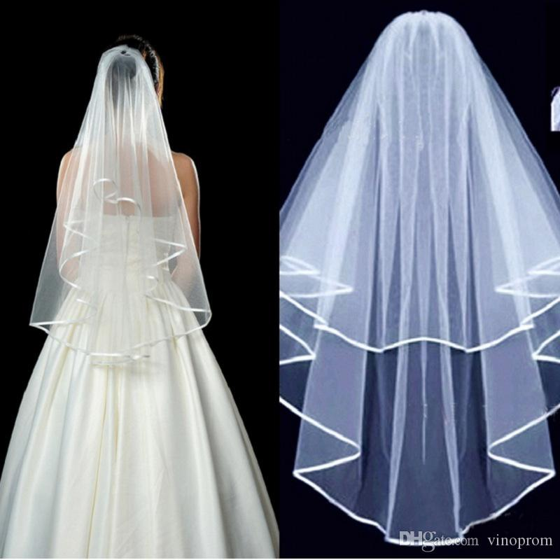 Due strati Tulle breve nuziale Veli 2018 Vendita calda matrimonio poco costoso nuziale accessorio abiti da sposa economici Tulle da sposa in magazzino