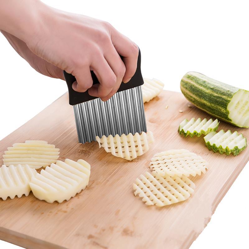 Grosshandel Edelstahl Kartoffelchip Teig Crinkle Wavy Cutter Messer