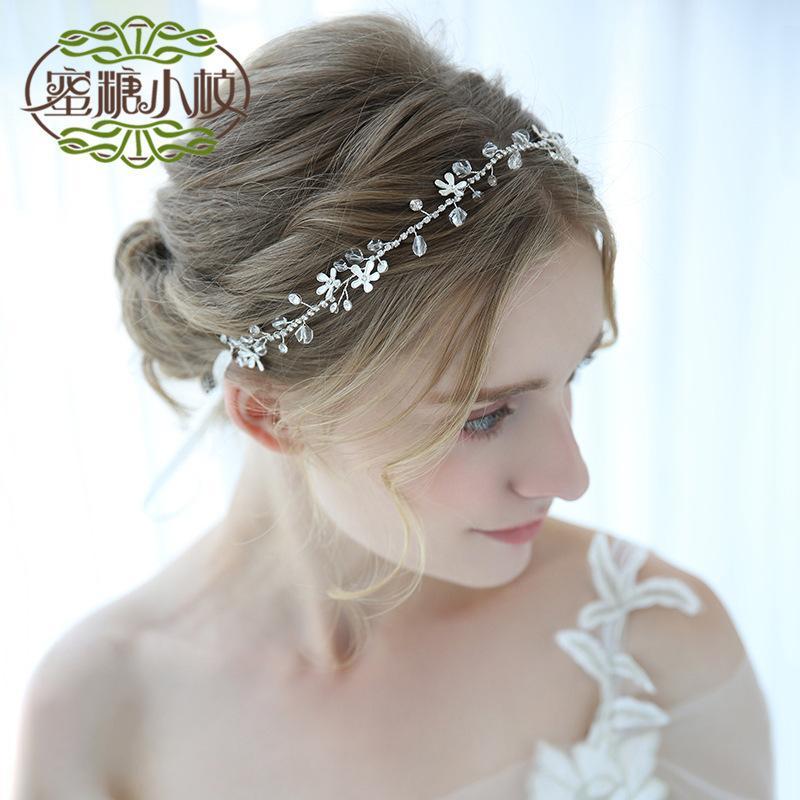 2019 D2231 Manual Flower Bride Garland Headwear Bridesmaid Hair Band  Crystal Birthday Accessories Wedding Articles From Fashluck 1f14ebd033f