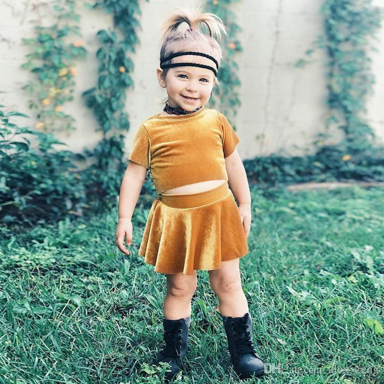 095cbbcc0b0af Baby Girl Gold velvet outfits 2018 New Fashion girls top skirts 2pcs/set  INS kids Clothing Sets Free Shipping