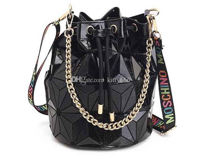 Famous Brand Women Female Bag Geometric Handbags Plaid Chain Shoulder Crossbody bags Laser Drawstring Luggages Diamond Bag Drop Shipping