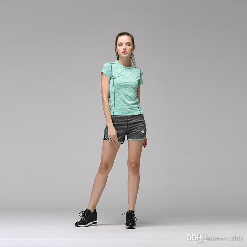 Sportbekleidung Laufstrumpfhosen 2018 Neue Schreien Quick Dry Kompression Basis Schicht Der Männer Sport Hosen Musle Fit Sportlich Kurzarm Enge Sportswear