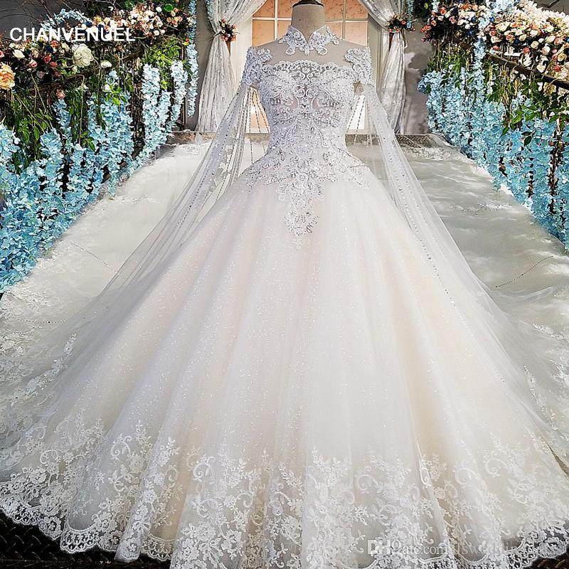 Elegant Applique Wedding Dress With Long Tulle Cape Illusion High Neck Short Sleeves Luxury Wedding Gowns Ball Gown Open Back Bride Dress
