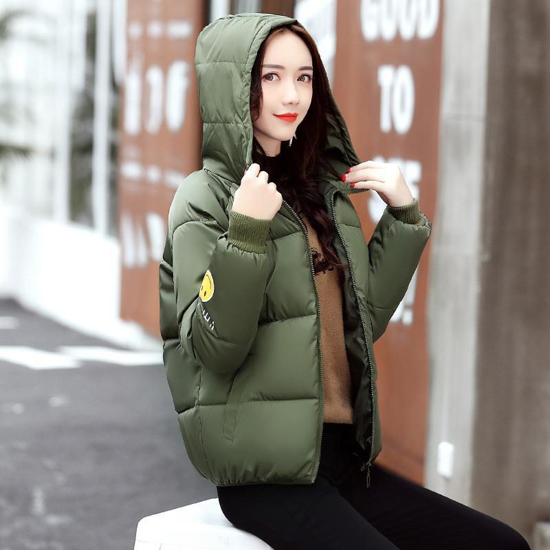 Hood Chaqueta de las mujeres Corto Abrigo de Invierno 2017 Invierno Nuevo Tamaño Grande Grueso Caliente Equipo Militar Chaqueta de Las Mujeres Ocasional Mujeres Abrigo C3581