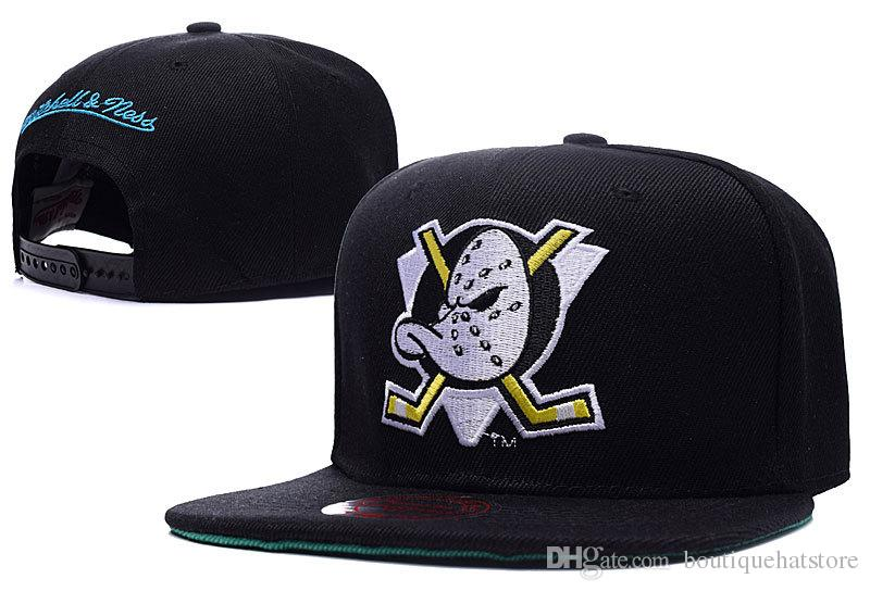 cabe12b1a4e New Men S Anaheim Mighty Ducks Snapback Hats Team Logo Embroidery Sport  Adjustable Ice Hockey Caps Hip Hop Flat Visor Hats Black Color Ball Caps  Fitted Caps ...