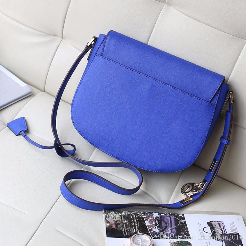 뜨거운 2018 새로운 무료 배달 여성을위한 완벽한 품질의 핸드백 유럽 복고풍 어깨 가방 안장 가방 잠금 가방