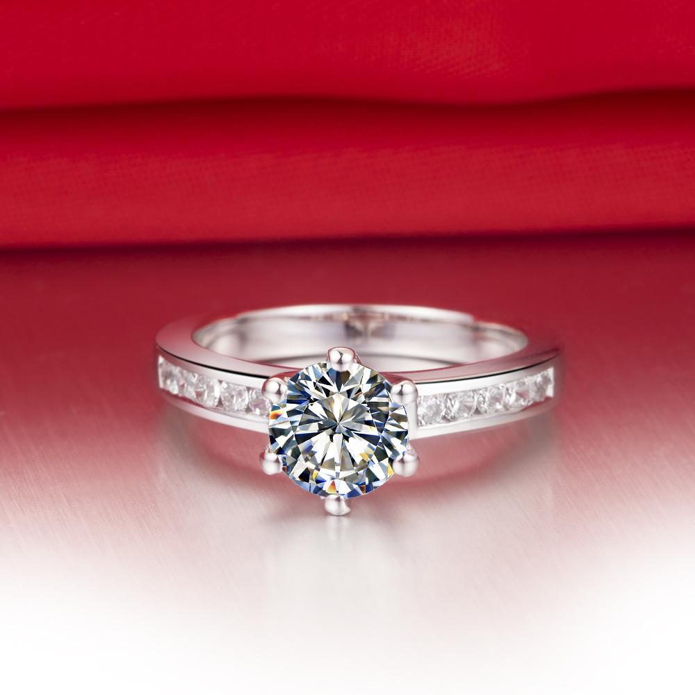 O Envio gratuito de 0,6 ct aliança de casamento sólidos de prata banhado a ouro branco anéis SONA anéis de diamante sintético para a noiva não se desvanece