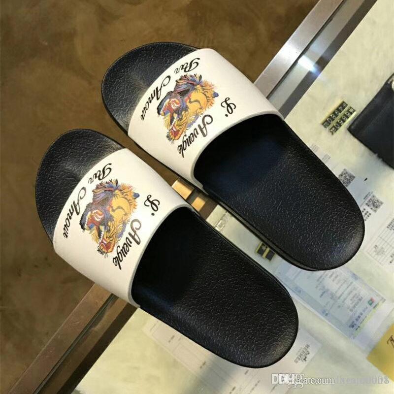 7f8838a664ff90 Acheter Hommes Sandales Mode Sandales Pantoufles Pour Hommes Et Femmes AVEC  BOX Hot Designer De Luxe Imprimé Fleur Unisexe Plage Tongs Pantoufle De  $52.77 ...