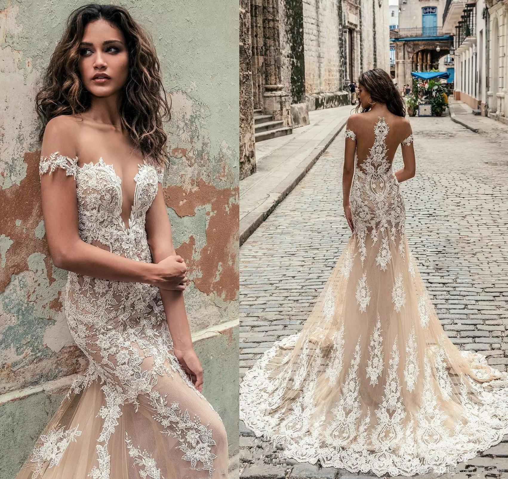 Vestidos de novia strapless 2019