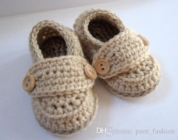 Baby Boy Booties, Newborn Shoes, brown Christening Shoes, handmade crochet Baby Shoes Newborn Photos size: 9cm11cm,13cm /