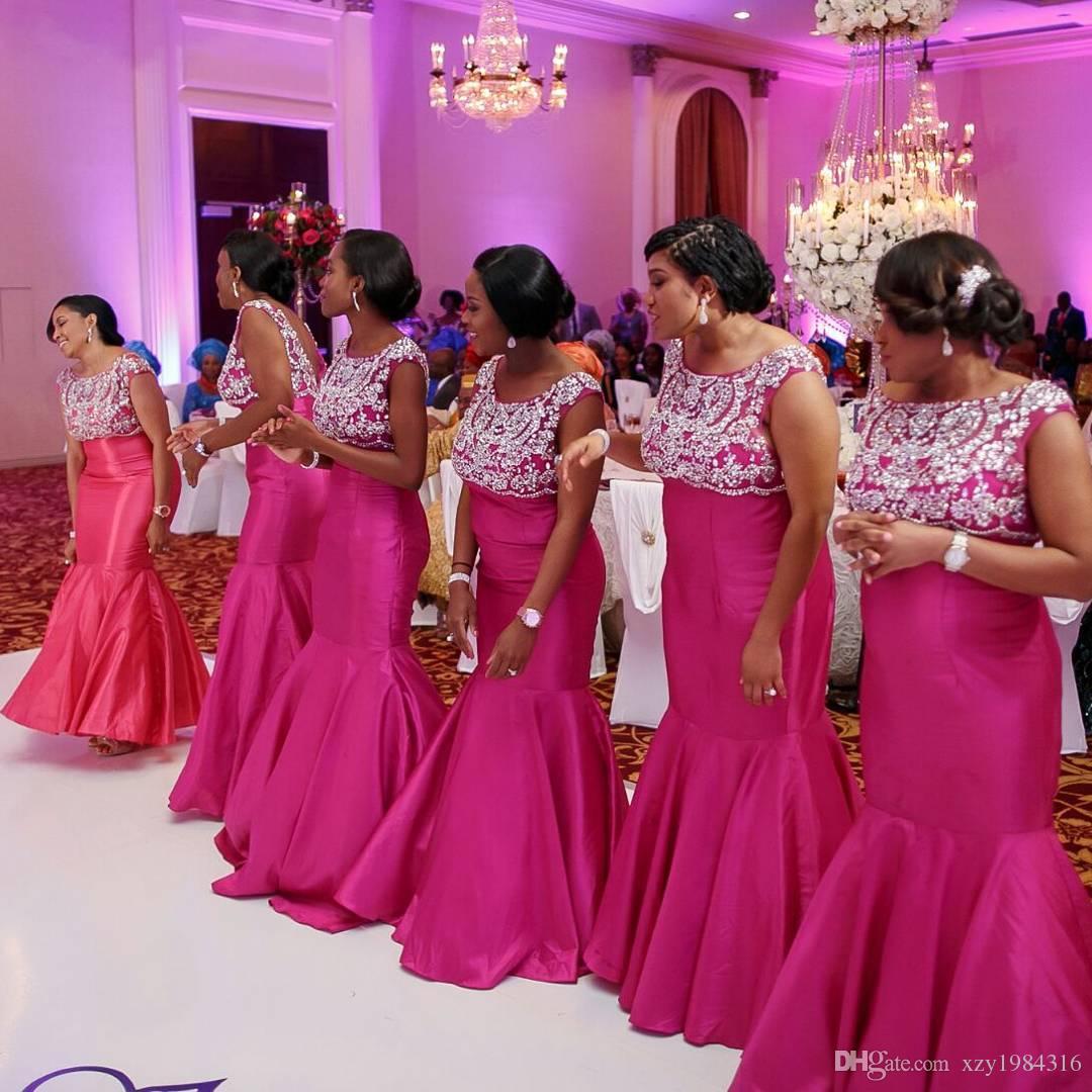 Robes d'invité de mariage Fuchsia profond Perles scintillantes Applique sans manches sirène demoiselle d'honneur robes Mode Plus Size Satin Prom Robes de soirée
