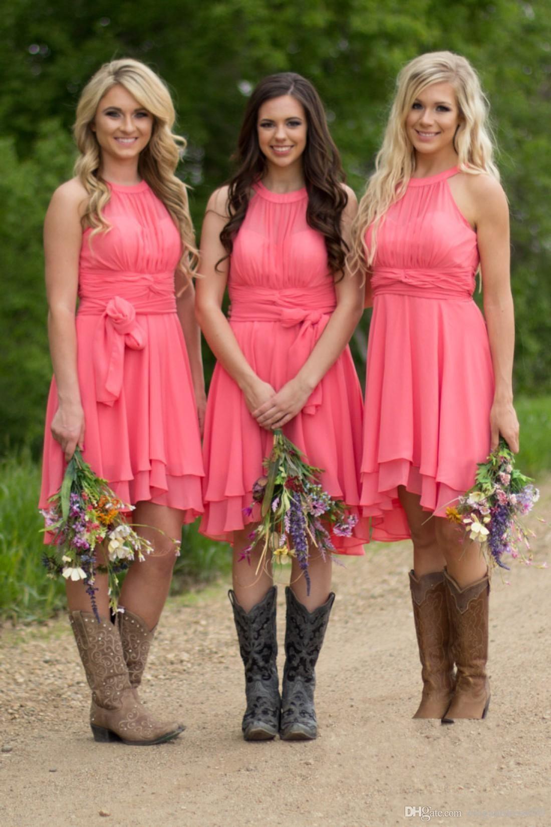 Venda quente Chiffon Praia Bohemian Short Vestidos dama Top plissados Maid Of Honor Wedding Party vestido Visitante baratos vestidos formais