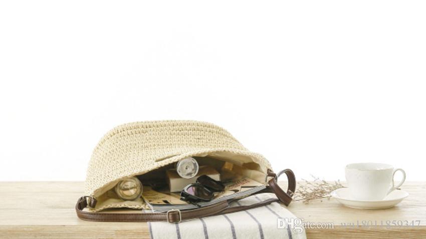 New Messenger Shoulder hand carry straw bag England women's bag Sen Department of summer travel vacation beach leisure bag