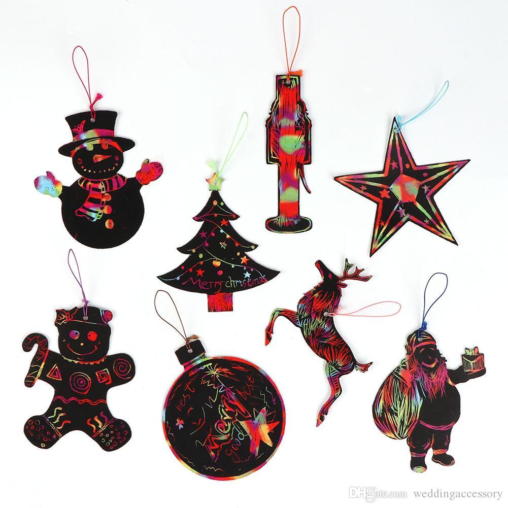 Satın Al 24 Adet Sihirli Renk Scratch Noel Ağacı Süsler çocuklar Diy