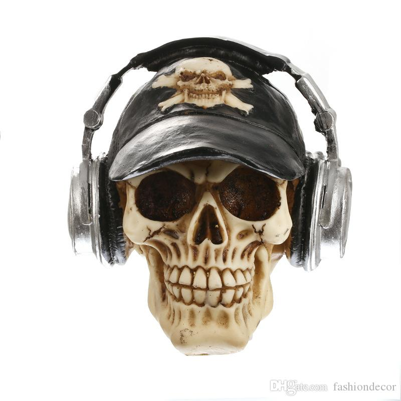 Resin Craft Statues For Decoration Skull With Headphone Creative