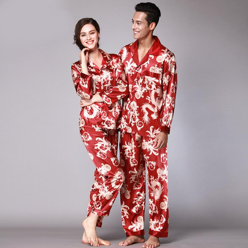 2019 Autumn Couple Pajamas Set Red Paisley Silk Satin Men And Women  Sleepwear Long Sleeved Tops + Trousers Suit Print Home Clothes From Hiem c29de26cd