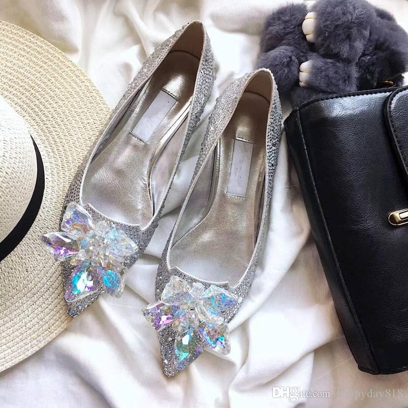 Fashion Women Pumps Sexy Lady Gold Silver Black Glitter Crystal Point Toe  Flats Shoes Bride Wedding Boots Casual Shoes Women Shoes From Happyday818 3b0d4056e547