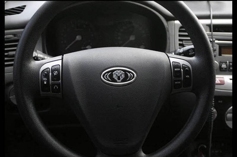Tiger head Steering Wheel Badge Emblem 6.2X3.2cm for KIA RIO SPORTAGE 2013 2014 CEED CERATO SORENTO SOUL K5 K2 K3 K7 modern IX35