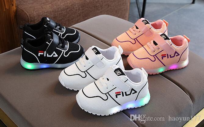 d60c40a09 Compre Nova Marca Crianças Shoes Respirável LED Infantil Tênis Casual Malha  Bebê Meninas Meninos Sapatilhas Moda Legal Crianças Sapatos Calçado De  Haoyun177 ...