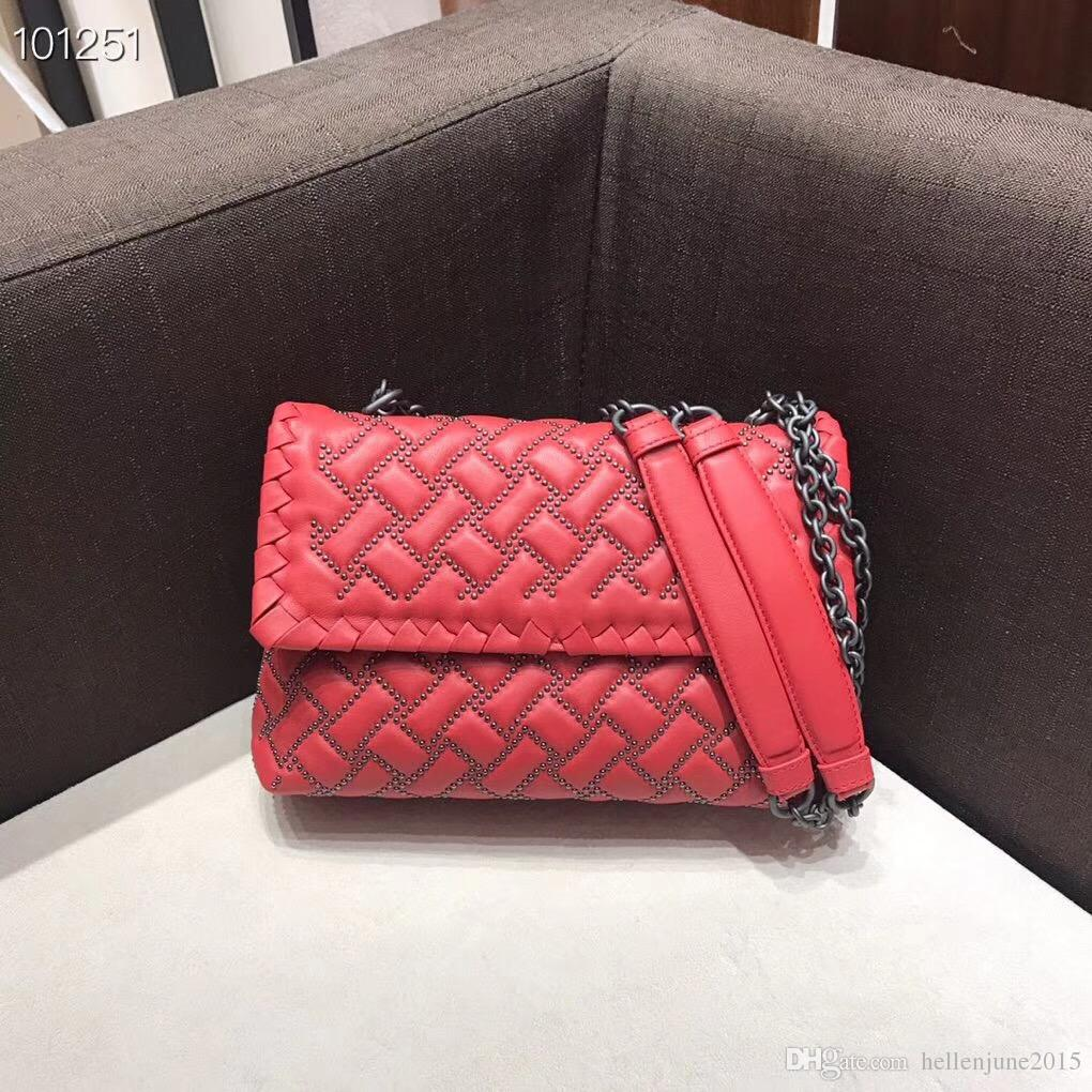 45baad1ee992 18 New Model Europe Luxury Style Classic Women Messenger Fashion Bag  Diamond Check Women Handbag Knit Style Shoulder Bag Flap Bag Handbags  Brands Hobo ...