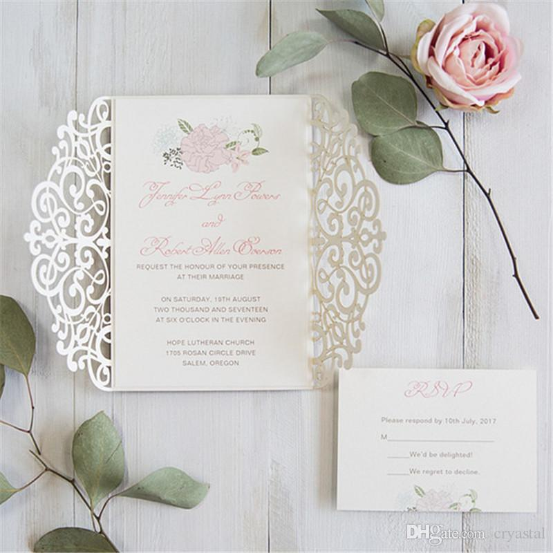 Luxe or pâle et fard à joues rose Floral Laser Cut Kits de mariage d'invitation, Livraison gratuite par UPS