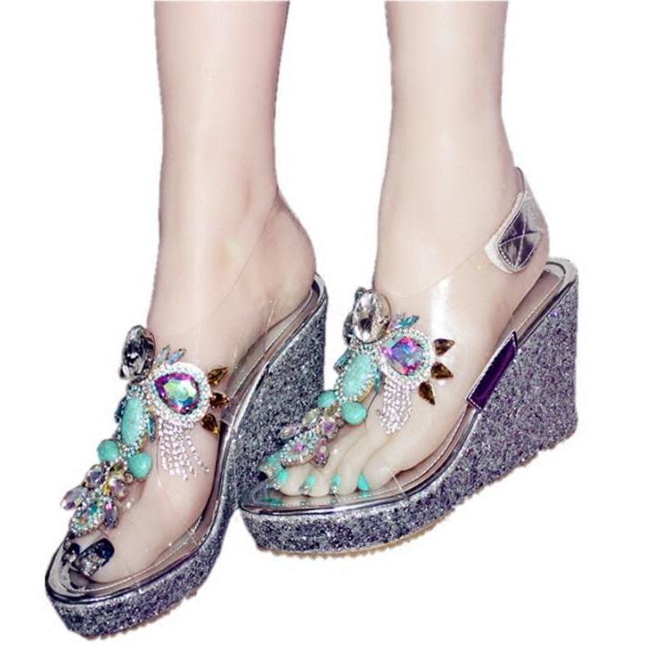 8d5c5130ebfd1e Acheter Mode Transparent Coins Sandales Cristaux Gem Chaussures À Talons  Hauts Frange Peep Toe Femmes Sandale D'été Vente Chaude Partie Chaussures  De $76.38 ...
