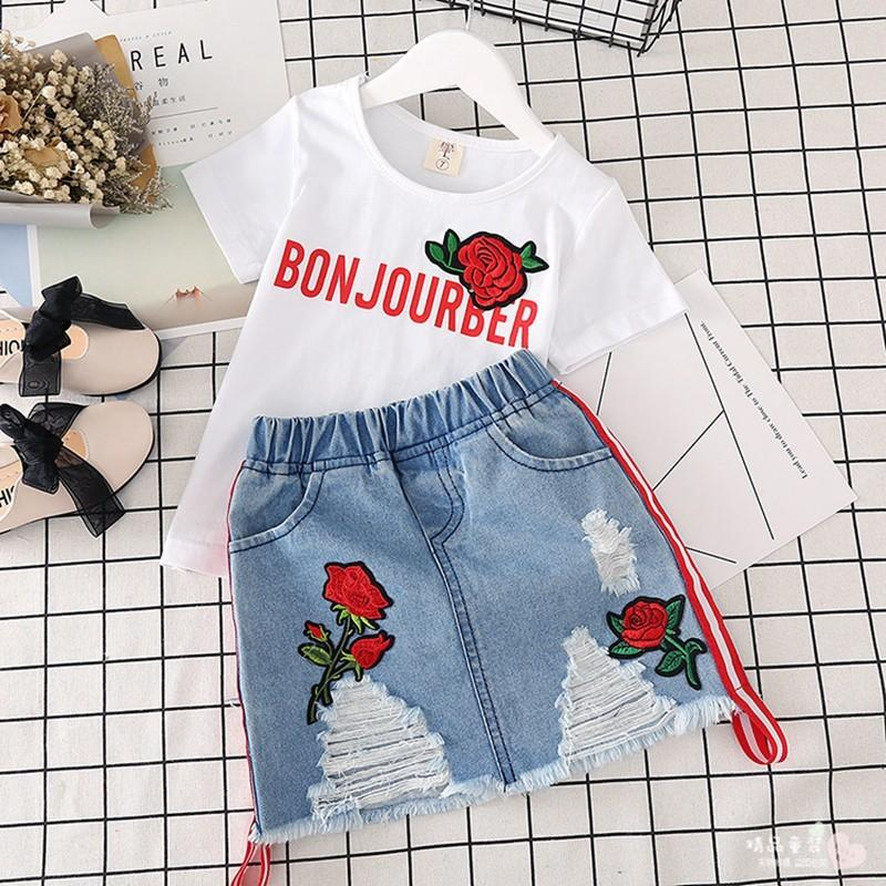 80a921a42074 Moda para niños, niñas, ropa, conjuntos, verano, 2018, algodón, dos piezas,  conjunto, rosa roja, camiseta de la impresión faldas de mezclilla niños ...