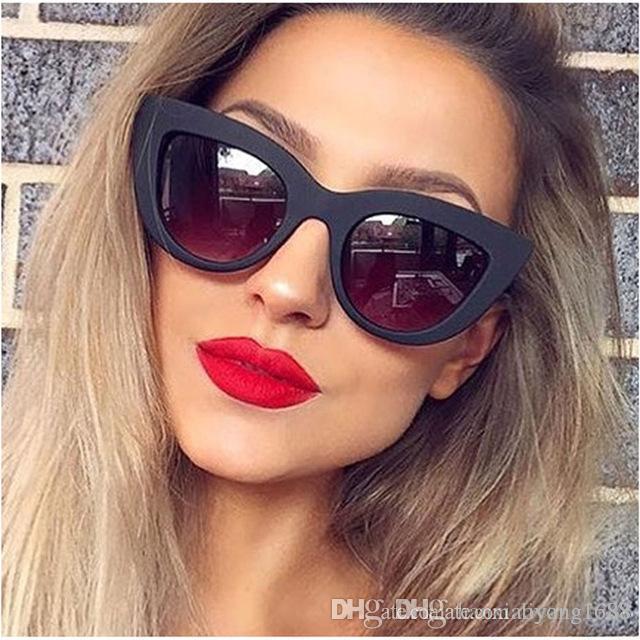 56823539bf Compre Nuevo Ojo De Gato Mujer Gafas De Sol Tintado Lente De Color Hombres  Gafas De Sol Con Forma Vintage Gafas De Sol Femeninas Gafas De Sol De  Diseñador ...