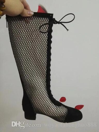 Nuevo estilo de verano Marca Moda para mujer Bota a la rodilla Sexy gatito tacón Femal punta redonda Zapatos cálidos con cordones negro blanco Respirable Agujero sandalias