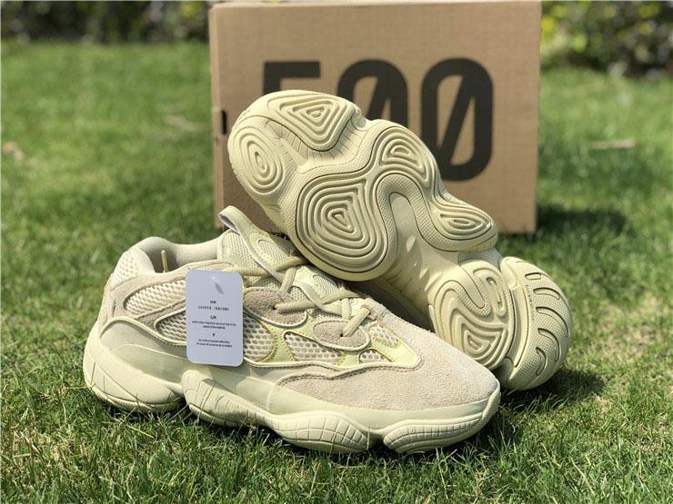 a851aed4b Compre La Nueva Versión De Kanye West 500 Desert Rat Super Moon Yellow Zapatillas  Para Correr Para Hombre Marca Blush Spring Utility Black Sneakers Tamaño ...