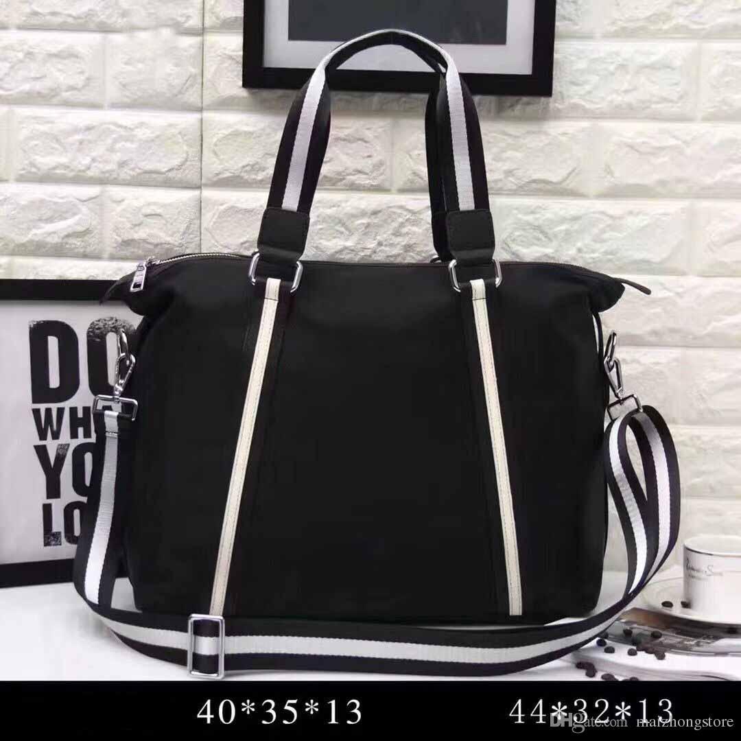 9605d807b061 Luxury Bag 2018 New Designer Large Capacity Casual Totes Handbag Brand  Travel Hand Bag Crossbody Purse Travel Bags For Women From Maizhongstore