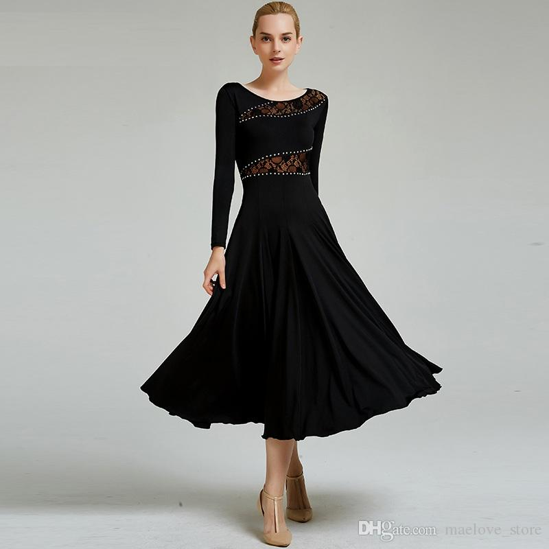 b5d124e2251 Acheter Adulte Noir Rouge Strass Dentelle Couture Couture Robe De Danse  Concours Standard Robes Femmes Valse Moderne Costume De Danse Robe De Salon  De ...