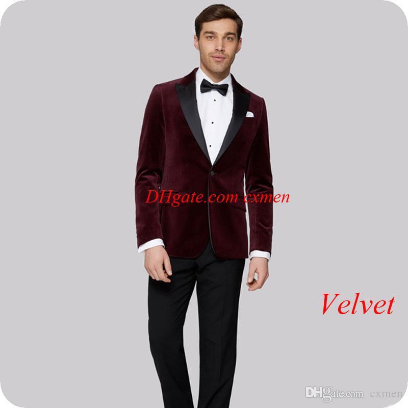 Acheter 2018 Dernière Conception Bordeaux Velours Hommes Costumes Pour  Mariage Culminé Revers Beau Marié Smokings Slim Fit Male Blazers 2 Pièces  Veste + ... 01c04b62dae