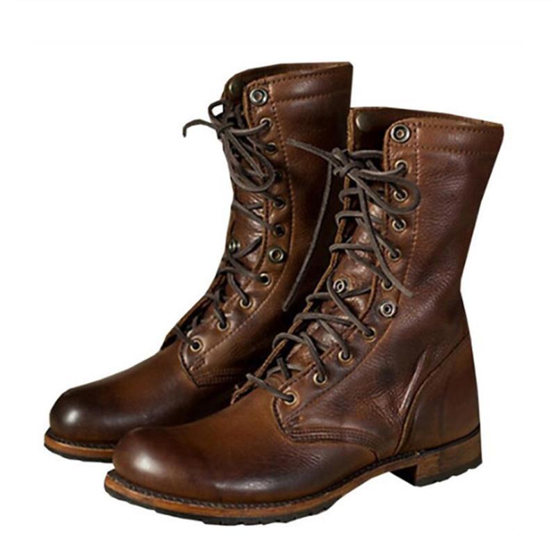 c120b0c3411 Compre Botas De Moto Retro Botas De Cuero Para Hombres Zapato De Brogue  Transpirable Zapato De Adolescente Con Cordones Zapato De Primavera De  Otoño Hombres ...