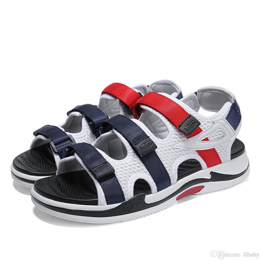 Nuovi sandali Classici Moda Uomo e donna Pantofole estive Scarpe da spiaggia all aperto Scarpe sportive alla moda Scarpe da spiaggia Turismo all aria